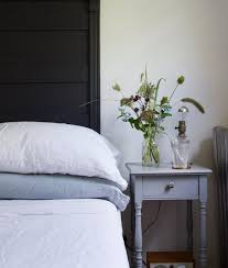 linen bed sheets from garnethill and eileenfisherny reading my