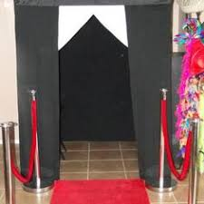 photo booths for rent this business has local photo booth rentals that are wifi capable