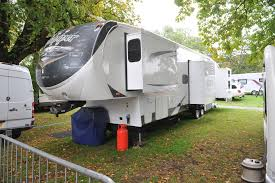 Luxury Caravans Brits In Grip Of Caravan And Motor Home Boom Survey Reveals