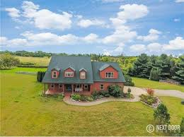 Land For Sale With Barn Horse Barn Fowlerville Real Estate Fowlerville Mi Homes For
