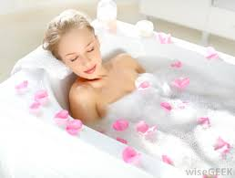 Women Bathtub What Are The Different Types Of Bathtub Accessories