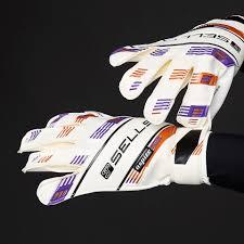 sells total contact aspire jr kids goalie gloves goalkeeping