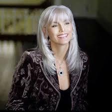 platinum hairstyles for older women 25 hairstyles older women hair pinterest woman hair cuts