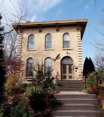 reviving an italianate house in milwaukee old house restoration