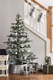 pictures of homes decorated for christmas 40 unique christmas tree decorations 2017 ideas for decorating