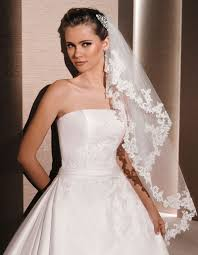 bridal veil and wedding veils in various styles lunss couture