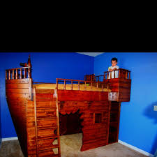 Pirate Themed Kids Room by 16 Best Pirate Themed Bedroom Ideas Images On Pinterest Bedroom