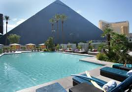 Las Vegas Pools Lounge Chairs & Cabanas Luxor Hotel & Casino