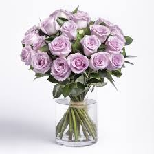 How Much Is A Dozen Roses Roses In A Box Nyc Flower Delivery