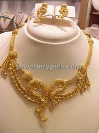 necklace sets designs images Light weight gold necklace sets by nalli latest jewellery designs jpg
