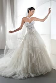 demetrios wedding dresses gorgeous demetrios gowns coming in plus sizes