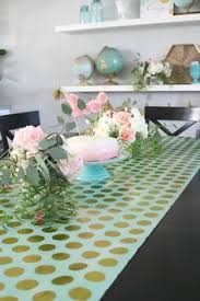 paper table cover with plastic liner inexpensive party decor just use double sided tape to tape the
