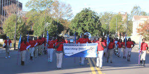 aberdeen high school band marching in chicago thanksgiving day
