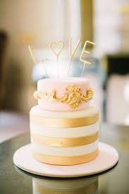 gold wedding cake toppers and gold wedding cakes