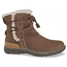 ugg sale at lord and ugg store la avanti court primary