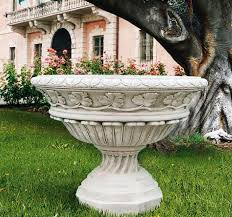 Outdoor Large Vases And Urns Large Planters Italian Vases Italian Urns Marble Planter Pottery