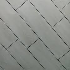 combine wood effect floor tiles with grout for a modern