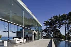 the cliff house dining room stunning cliff house by fearon hay architects