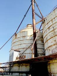 Magnolia Homes Waco Texas by Magnolia Market In Waco Is Silo Chic Candy U0027s Dirt