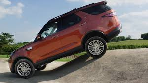 2018 land rover discovery black 2018 land rover discovery offroad test youtube
