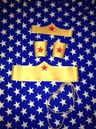 Wonder Woman Accessories Wonder Woman Costume Accessories 45 00 Via Etsy Diy Wonder