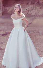 plain white wedding dresses best 25 silk wedding dresses ideas on wedding dress