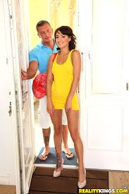 pretty brunette first timer in yellow dress is eager to get down