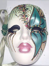 new orleans masks mk0iivvi6qahoyzw09jhusq jpg