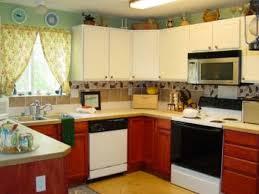 kitchen remodel 25 kitchen decorating ideas apartment kitchen