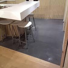 cuisine béton ciré beton cire sol cuisine nos clients ont réalisé sopap