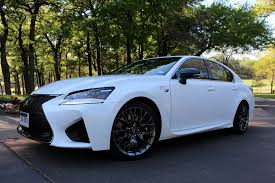 lexus gs f horsepower beefy brembo brakes give the lexus gs f stable stopping power