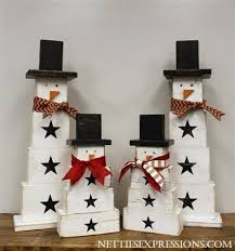 Wooden Crafts For Gifts by Best 25 Wooden Snowmen Ideas On Pinterest Wood Snowman Snowmen