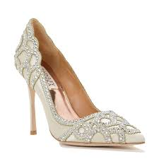 wedding shoes toronto the new it shoes for 2016 weddings weddingbells