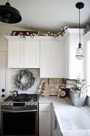 Home Decor For Apartments Best 25 Apartment Christmas Ideas On Pinterest Christmas