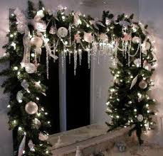 Christmas Window Decorations Indoor by Best 25 Window Christmas Lights Ideas On Pinterest Christmas