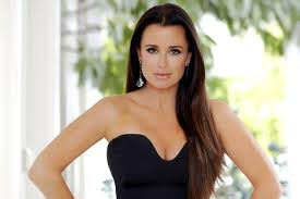 kyle richards hair extensions kyle richards my secret to amazing hair the daily dish
