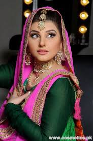Would You Pay Rs180 000 For Your Bridal Makeover Style Images Wajid Khan Makeup Artist Sister Makeup Vidalondon