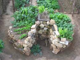 Raised Rock Garden Beds Raised Vegetable Garden Or Keyhole Garden Building