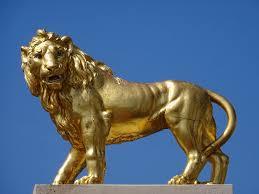 gold lion statue golden lion statue at twickenham international rugby stadi