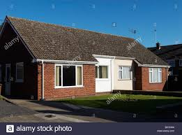 uk front bungalow stock photos u0026 uk front bungalow stock images