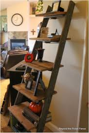 Wooden Ladder Bookshelf Plans by Best 25 Old Ladder Ideas On Pinterest Old Ladder Shelf Old