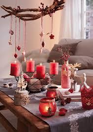 Wohnzimmer Weihnachtlich Dekorieren Die Dekofarbe Rot Zu Weihnachten Ist Traditionell Und Zeitlos