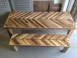 Make Your Own Reclaimed Wood Desk by Best 25 Wood Pallet Tables Ideas On Pinterest Pallet Furniture
