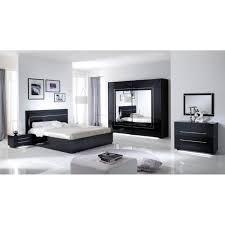 chambre a coucher cdiscount chambre à coucher modèle city laquee avec armoire 2 portes 240