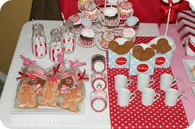 Customer Party Gingerbread Theme Dimple Prints