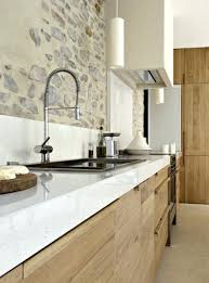 cuisine blanche plan de travail bois cuisine blanche et plan de travail bois clair cethosia me