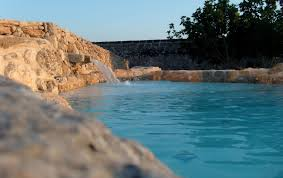 natural swimming pool among the rocks of salento u2013 tecnoambiente