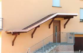 montaggio tettoia in legno realizzazione e montaggio porticati in legno tetti e strutture in