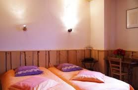 chambre d hote lelex chambres d hôtes pomme de pin à lé