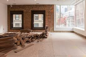 8 questions to ask your contractor before a hardwood flooring